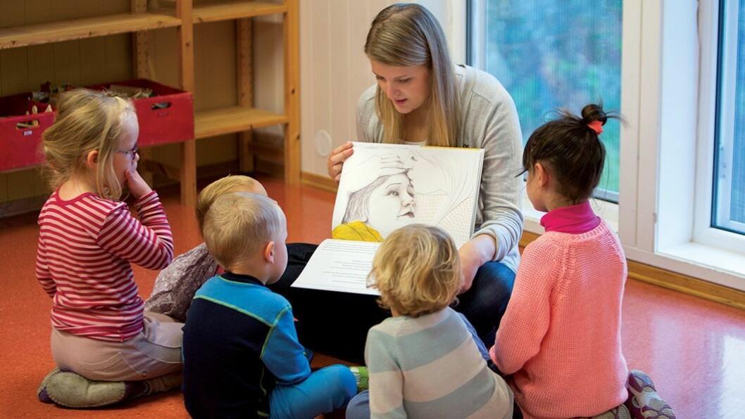 Smart format: Boken Mattias er alene er designet for å skulle leses for mange barn samtidig. Formatet er stort, og den er lett for den voksne å lese samtidig som barna ser illustrasjonene.