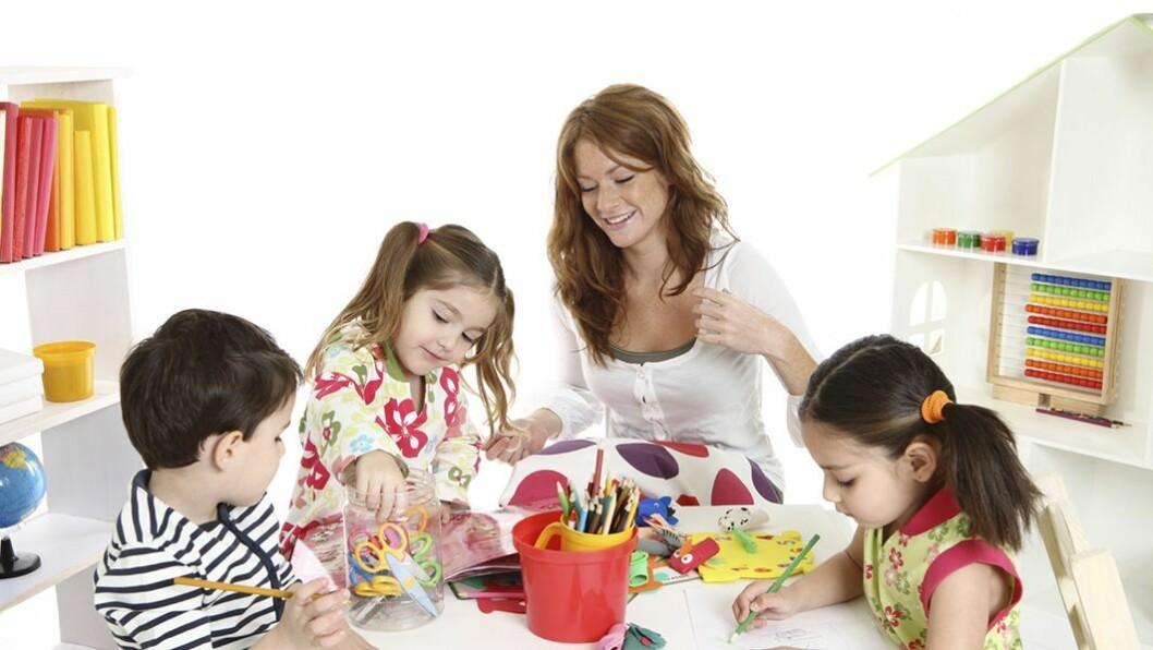 Best i små grupper: Treåringene utvikler seg best når de får være på småbarnsavdeling og aller helst i små grupper. Det viser ny norsk forskning som tyder på at det er betydelig forskjell i barns sosiale kompetanse alt etter barnets avdeling.