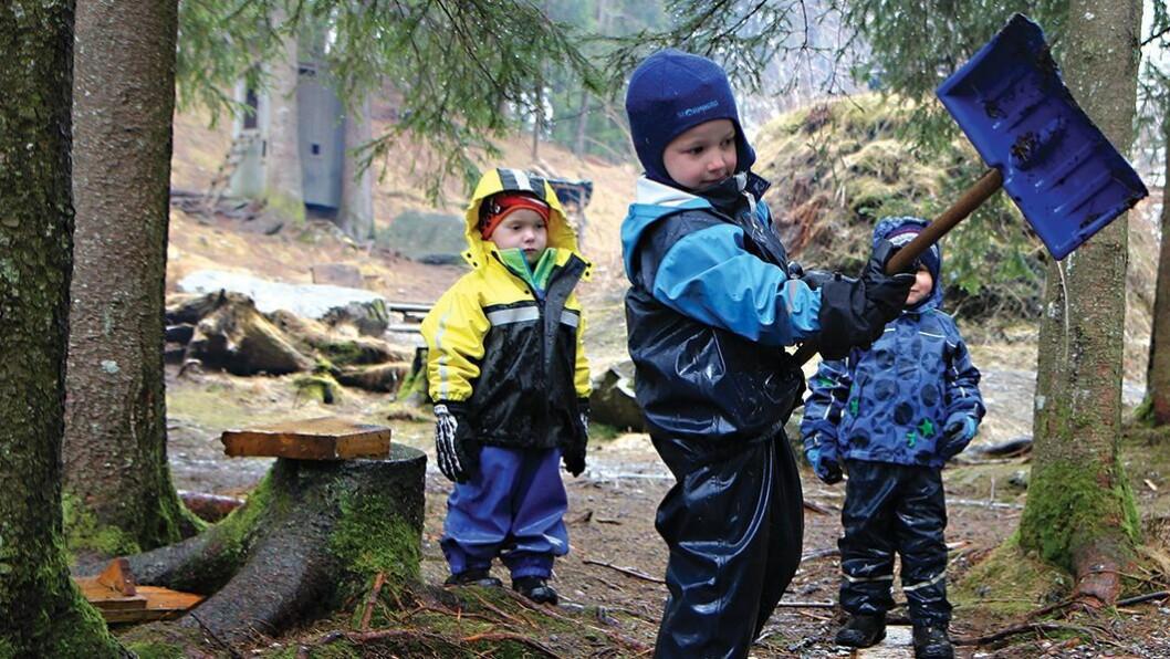 – Det er viktig å gi barn og unge gode erfaringer og opplevelser i naturen, sier klima- og miljøminister Vidar Helgesen.