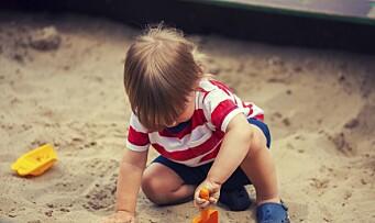 Er det farlig å spise sand?