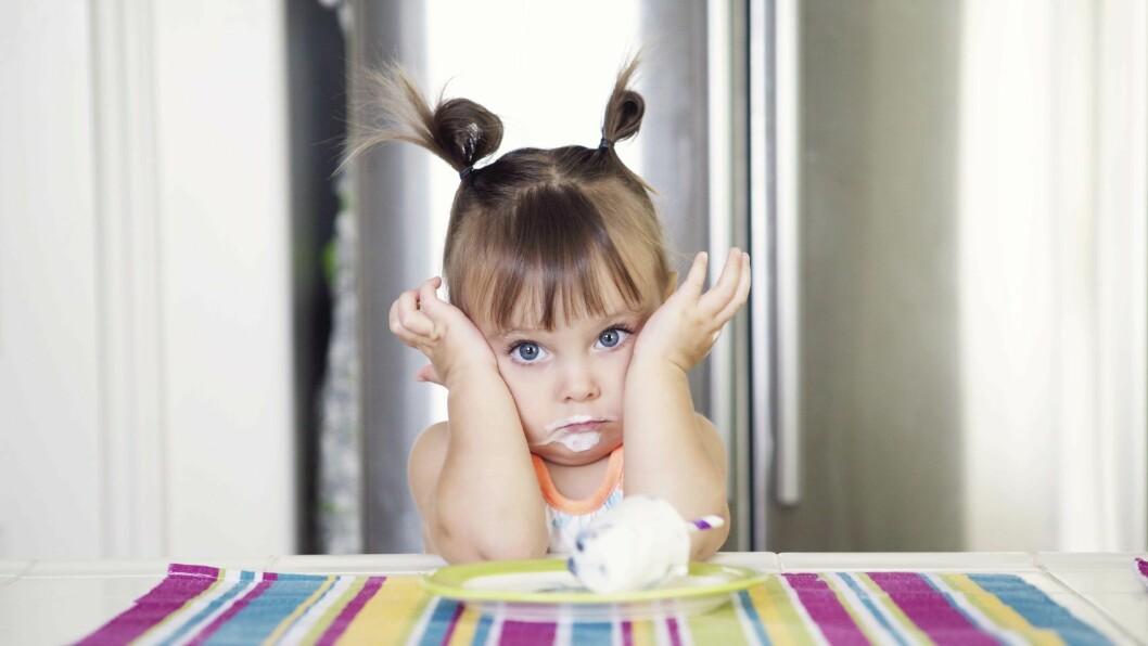Et normalt aktivt barn tar ikke skade av en yogurt i ny og ne eller en kopp kakao på tur, mener barnehagelærerstudentIselin Dagsdotter Sæterdal. -Ved å skape et mathysteri i barnehagen, vil vi kanskje ende opp med overvektig ungdom i stedet.