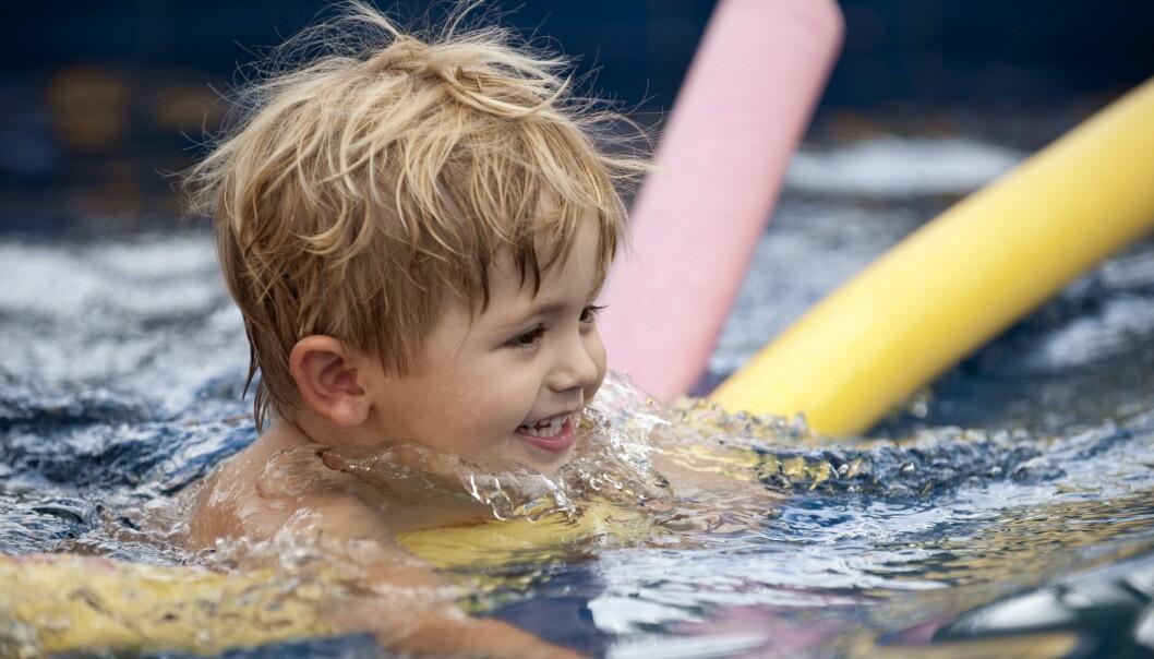 Barnehagebarn i alderen fire til seks år har siden 2015 fått tilskudd til svømmeopplæring.