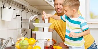 Slik lager du enkel og sunn juice i barnehagen