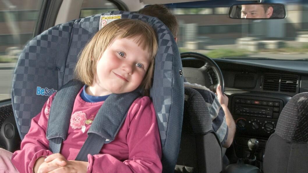 53 prosent av alle barn mellom 1 og 3 år sitter bakovervendt i bil.