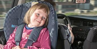 Over halvparten av barna mellom 1 og 3 år sitter riktig vei i bilen
