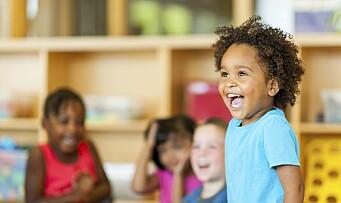 – Hudfarge bør bli et tema i barnehagen