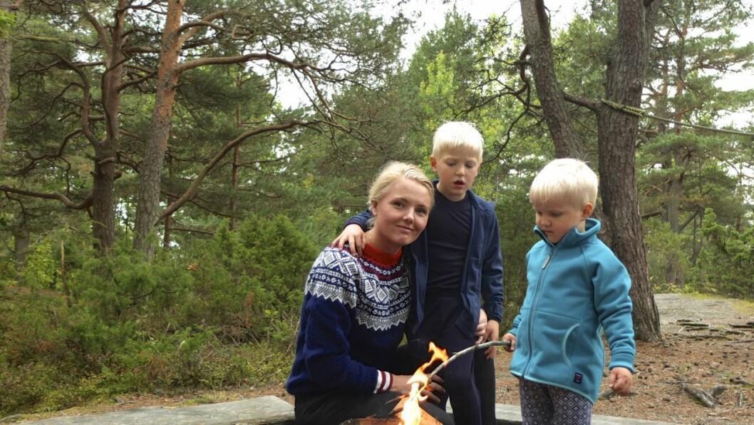 Mamma Karianne Gamkinn med August (6) og Hans Georg (3)