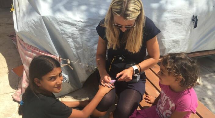 Reiste til Hellas for å hjelpe barn på flukt