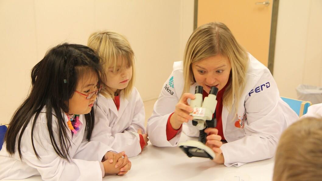 Barna i Espira Spirea barnehage lærer mye av å utforske og leke med realfagene. Barnehagen har vært Forskerfabrikk-barnehage siden høsten 2013.