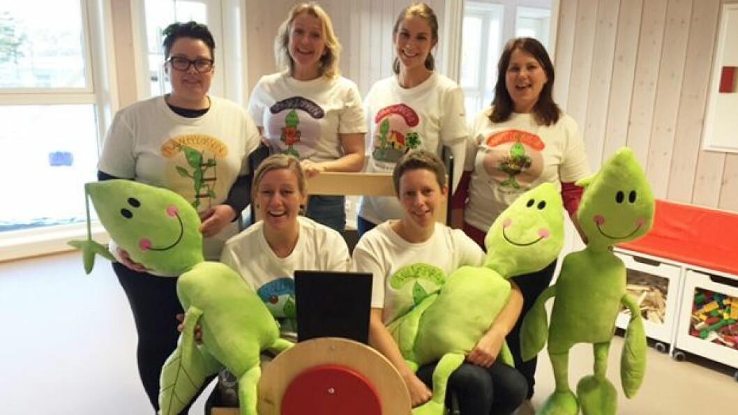 De ansatte i Espira Oreid barnehage, med styrer Tilla Lund Minge nederst til venstre.