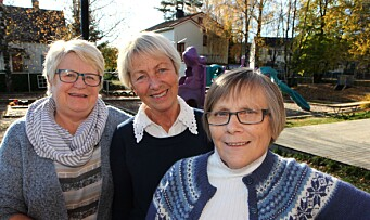 Tove (64), Gro (70) og Elin (66) holder koken