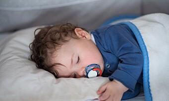 Uenige om nattåpne barnehager