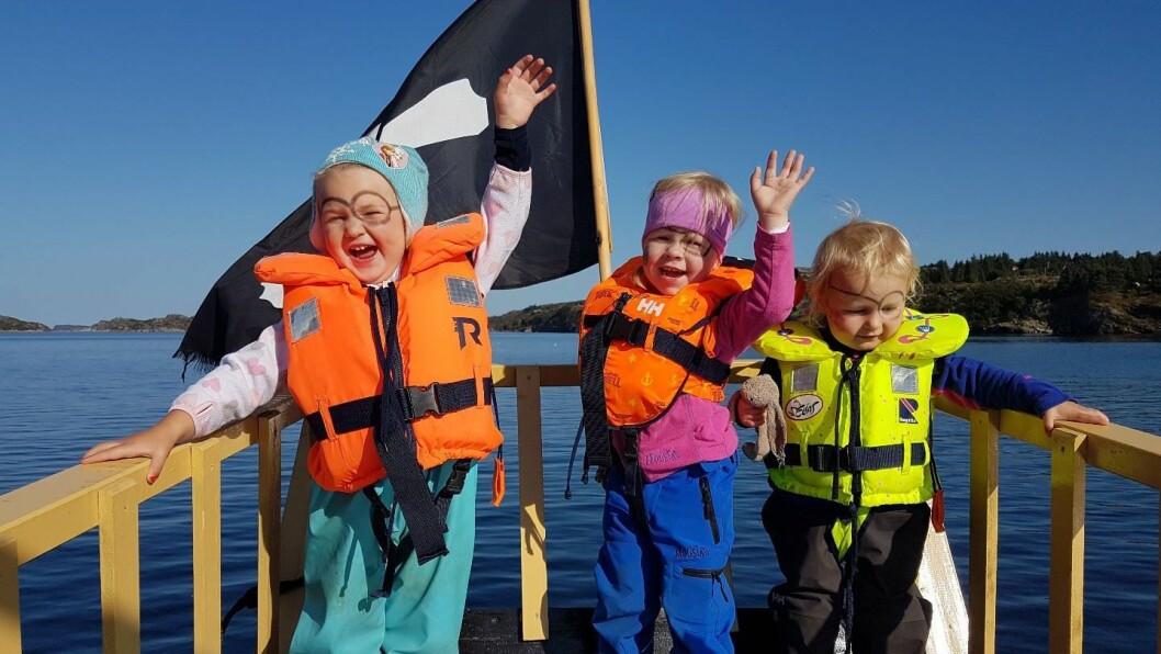 Hermine, Selma og Sofia er bare to år gamle og elsker å være på sjørøvertokt. Den skal tidlig krøkes som god sjørøver skal bli!
