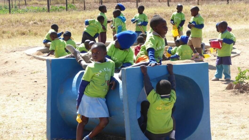 – I går fikk vi se barn i barnehagen i Bindura i deres rette element, med frilek og moro, skrev Schei Hansen under siste besøk.