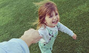 Verdens beste jobb: – Hei, sier jeg. Så tar hun hånden min