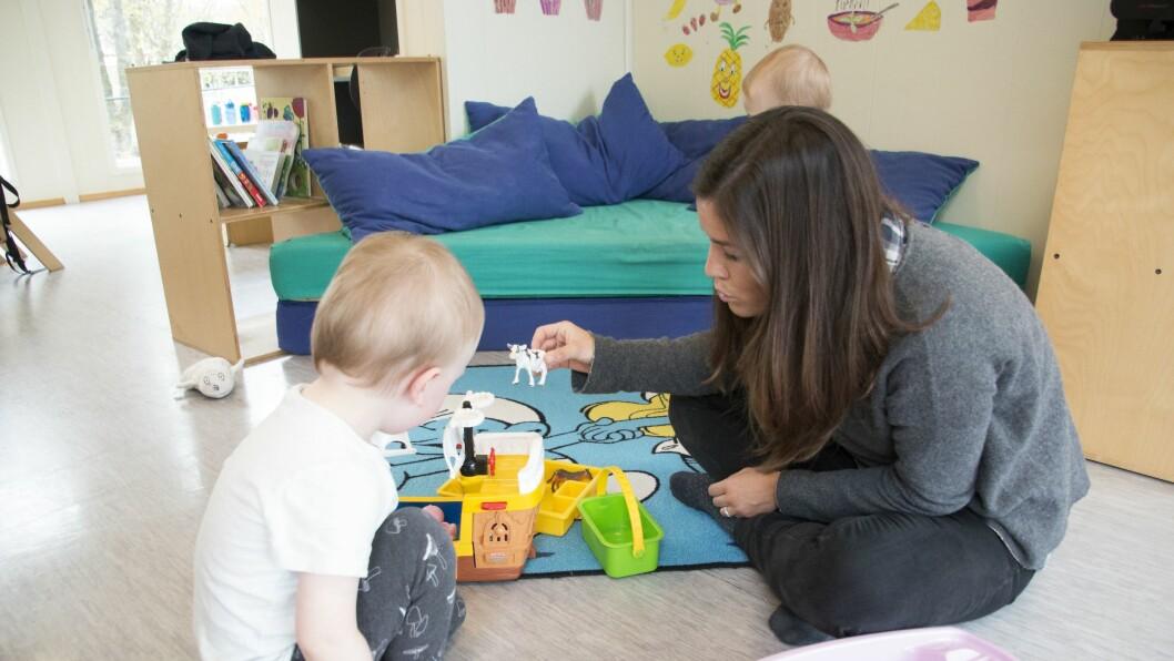 Natalia Turmo driver skolen Petita Escola i Barcelona sammen med sin søster. De ble overrasket over hvor stor forskjell det er på utforming av barnehagene i Norge og Spania.