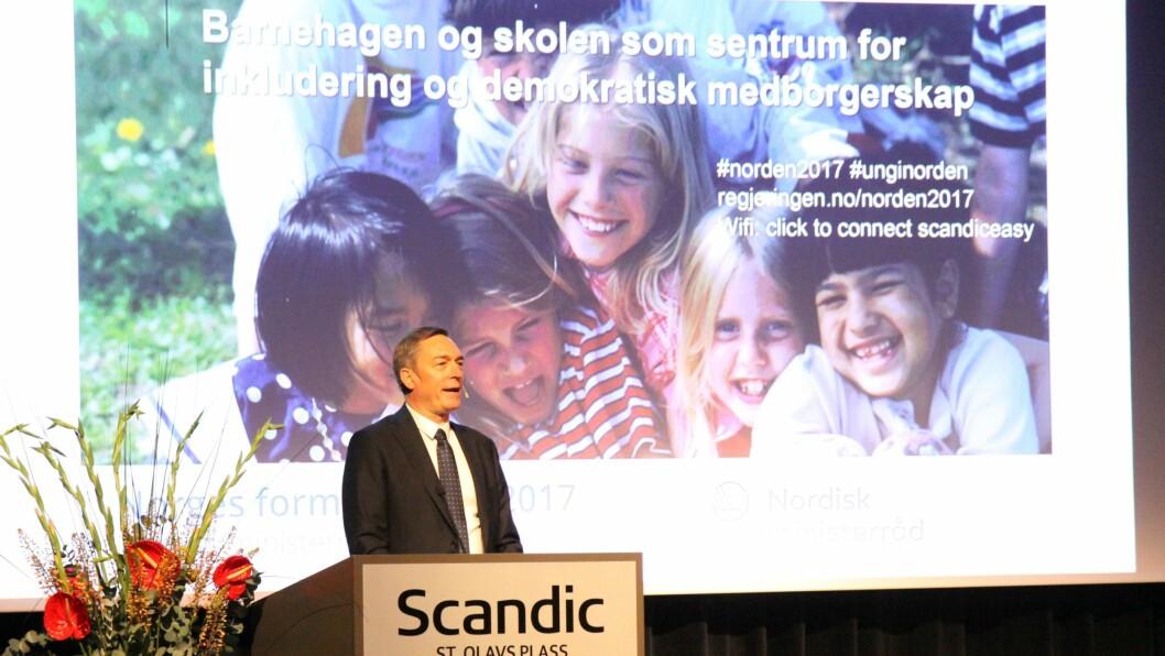 Nordisk samarbeidsminister Frank Bakke-Jensen under åpningen av konferansen om barnehagen og skolen som sentrum for inkludering og demokratisk medborgerskap.