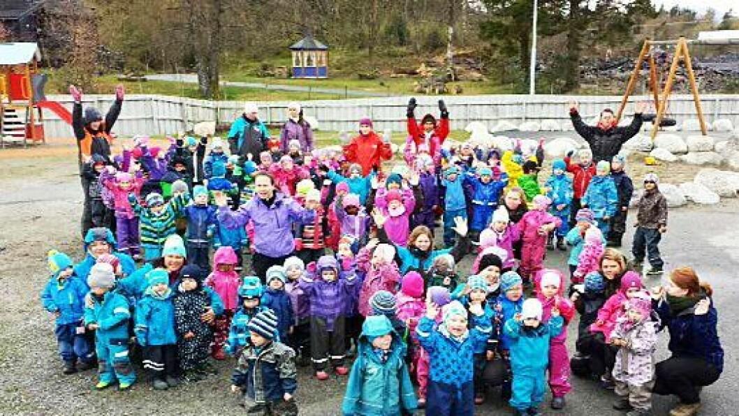 Olderdalen FUS barnehage på Stord feiret Vennskapsdagen i 2015. Torsdag vil 171 barnehager over hele landet delta i markeringen for vennskap og mot mobbing.