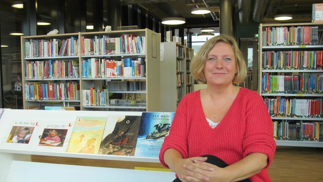 Linda Lillevik er forfatter, bibliotekar og journalist. Hun har utgitt 13 bøker hvor de mest mest kjente og brukte bøkene er