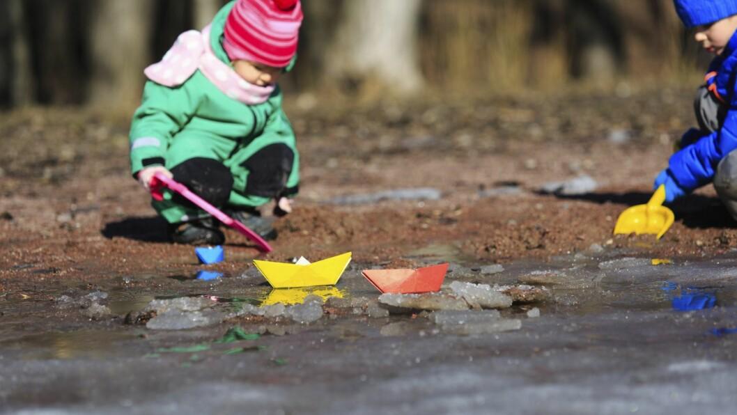 Eirik Wold Falla har dokumentert en helt vanlig dag i barnehagen han jobber i.