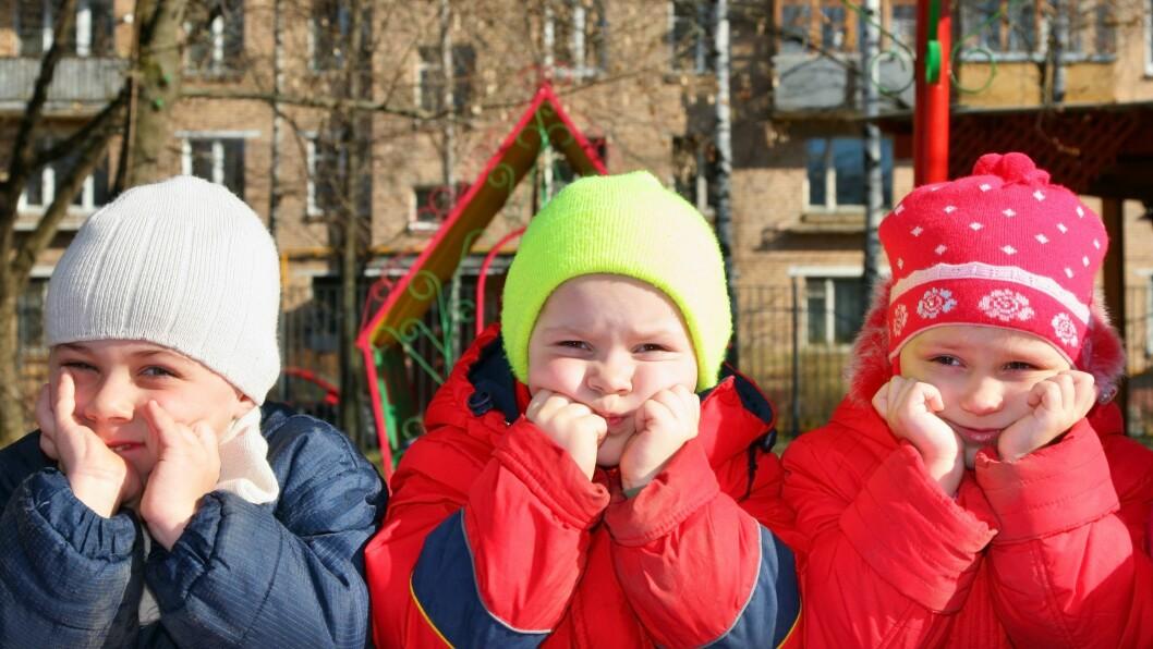 Er det slik at pedagogikk på barns premisser er en veletablert praksis? Eller påvirker fortsatt subkulturer og ulne maktforhold driften og innholdet i barnehagen?