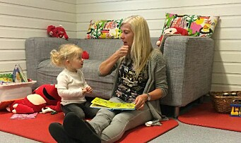 Fører samtaler med tegn: – Mindre frustrasjon hos både barn og voksne