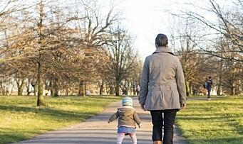 Fire av ti foreldre som mottar kontantstøtte er født i utlandet