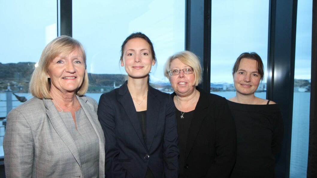 Bente Aronsen, Signe Bechmann Hansen, Sissel Oxholm og Anne Schjelderup i Kunnskapsdepartementet. Firspannet er vertskap for høringskonferansene for forslag til ny rammeplan for barnehage.