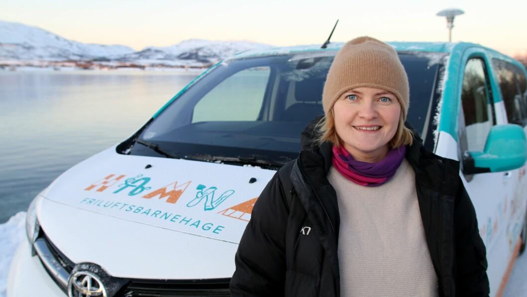 Styrer Vibeke Brattli i Hamna friluftsbarnehage i Tromsø hyret inn et designbyrå for å gi markedsføringen en dytt. Nå ser hun resultatene.