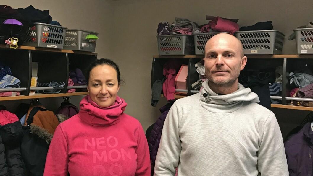 Charlene Fjell og André Forsberg stenger dørene til Dyrløkketoppen barnehage 1. mars.