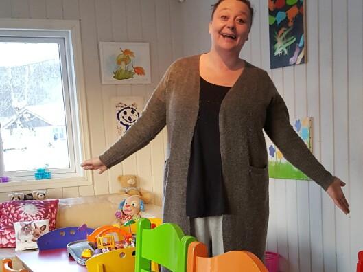 Rachel har innredet barnehagen i glade farger. Foto: Privat