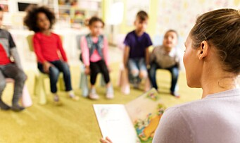 Danmark vil innføre obligatorisk barnehage for ettåringer fra utsatte boligstrøk