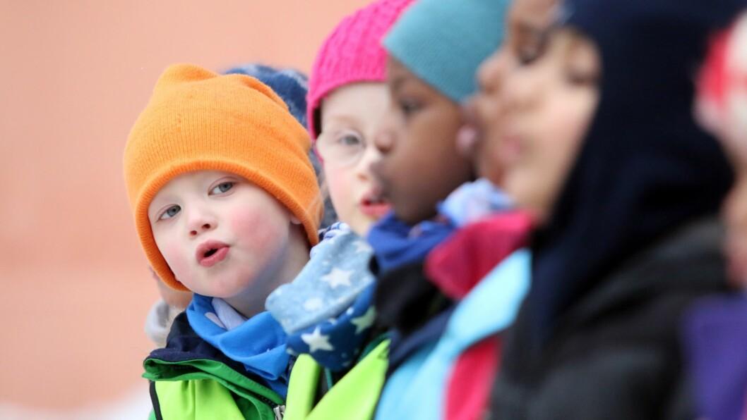 Barna selv sto for underholdningen under åpningen av Nonneseter Kloster idrettsbarnehage i Oslo sentrum.