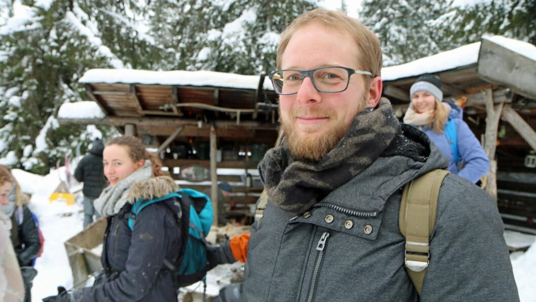 Lærer Warnes D´Hertog ved Karel de grote University College i Antwerpen har med seg et knippe studenter til Norge.