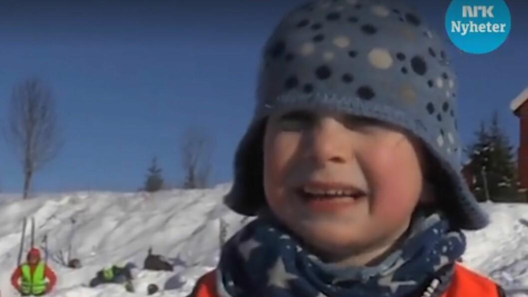 Ola Mogård ble intervjuet av NRK da han og barnehagen var på skitur i bymarka i Trondheim. Skjermdump: nrk.no/trondelag