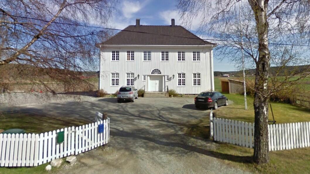 Berg barnehage ligger i landlige omgivelser i Torpumveien utenfor Halden. Foto: Googlemaps