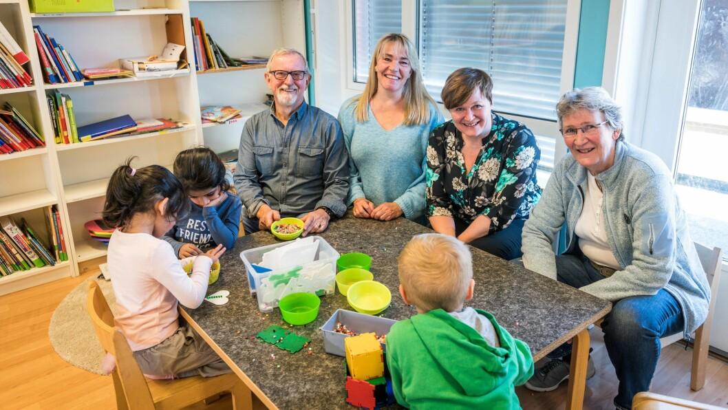 Høyre, Venstre, KrF og Bylista i Drammen samt to uavhengige representanter har gått inn for å øke tilskuddene til de private barnehagene allerede fra inneværende år. Nå har Eidi Ann Hansen (nummer to fra høyre) og de andre fått gjennomslag hos rådmannen.
