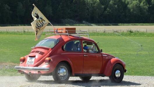 Baklia Stall og Gårdsbarnehage vant Begeistringsprisen. De hadde med seg en boble fra 1973, flagg og megafon.