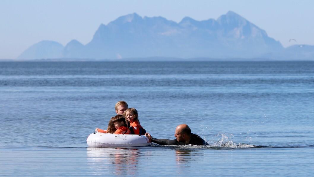 Norlandia Paradiset barnehage er en av barnehagene som tar svømmeopplæringen på alvor - men samtidig er det mange barnehager som ikke benytter seg av muligheten til å søke om penger.