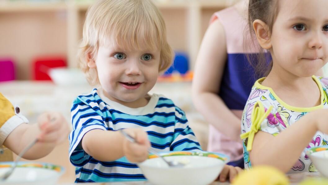 Blant norske barn er meieriprodukter den viktigste kilden til jod. Illustrasjonsfoto: Getty Images