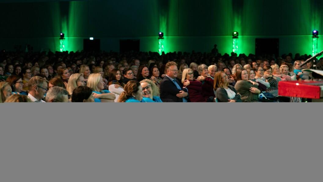 Brorparten av Læringsverkstedets ansatte deltok da Norges største private barnehagekonsern arrangerte årskonferanser i Kristiansand og på Gardermoen nylig. Foto: Læringsverkstedet