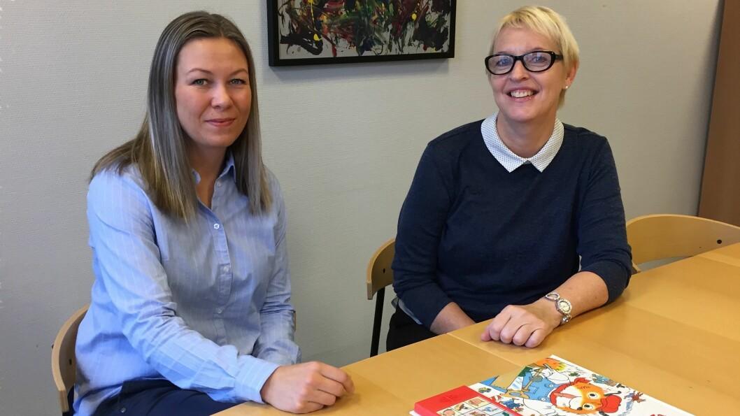 Helsesøstrene Siri Andersen og Siv Engelin har fått fast kontortid i barnehager. De håper at det som nå er et prosjekt blir en fast ordning i alle barnehagene i Verdal. Foto: Privat