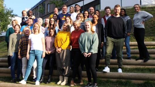 Gjengen fra Ragnas hage satte pris på å få tips fra Vibeke Mæhlum i Nasjonalt kunnskapssenter for barnehager.