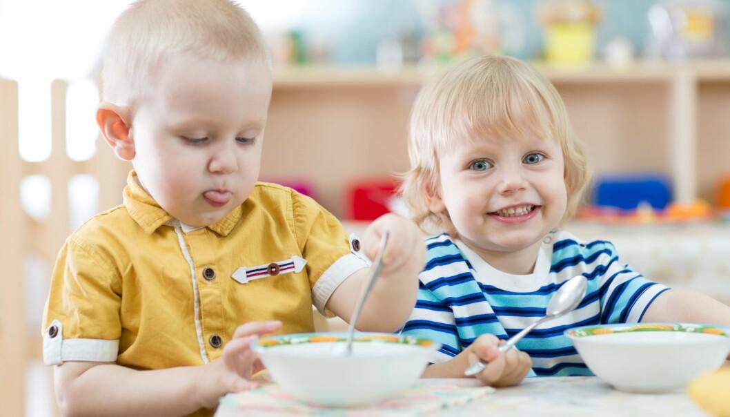 Nå gjeninnføres matservering i de kommunale barnehagene i Tromsø.