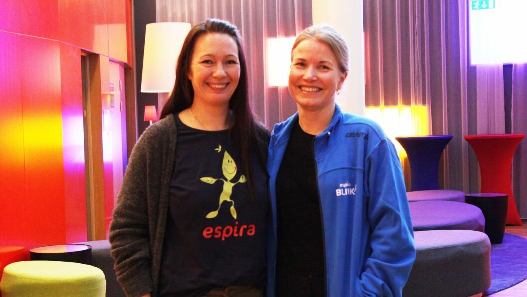 Nylig var Mari Fagerheim, fag- og utviklingssjef i Espira (høyre), på Gardermoen for å gi pedagoger i Espira opplæring i kvalitetssystemet Espira BLIKK. Camilla Hagstrøm (venstre) er styrer i Espira Kløverenga barnehage, en av 26 barnehager som har testet ut systemet i et pilotprosjekt.