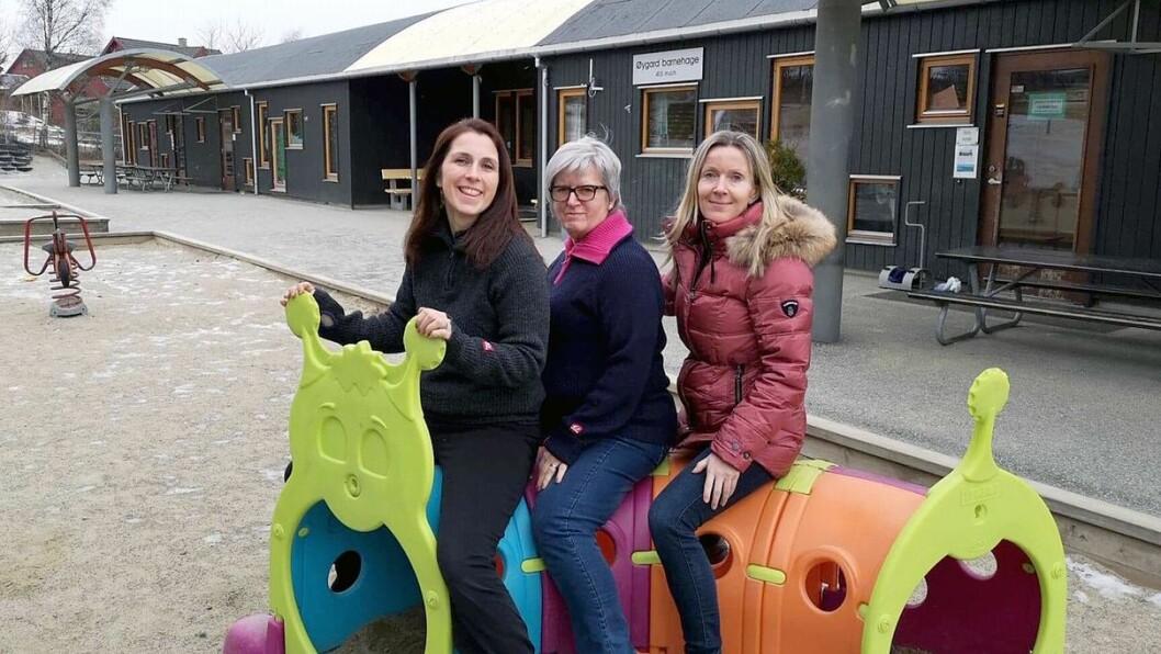 - Ja, vi er blitt en bedre barnehage! Det sier fra venstre Olene Molde, pedagogisk leder og CLASS-tilrettelegger, Eva Hetland, pedagogisk leder og CLASS-tilrettelegger, og Annette Halvorsen Skjæveland, virksomhetsleder i Øygard barnehage i Sandnes.