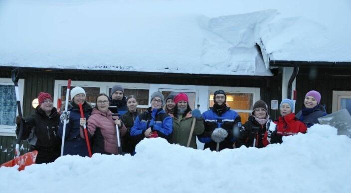 Måtte stenge barnehagen: – 14 ansatte måket snø fem timer i strekk