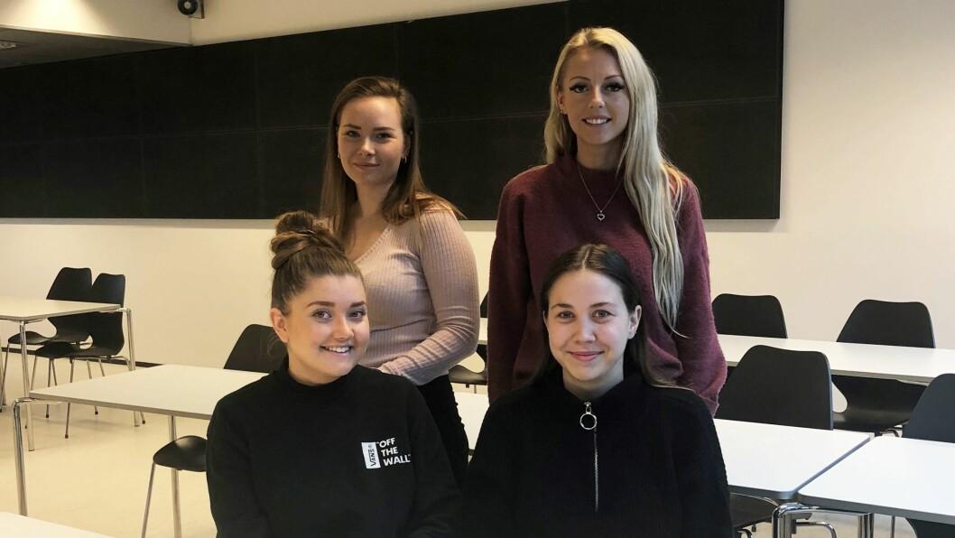 Eirin Lundegaard, Camilla Mjeldheim, Synnøve Olsen og Julie Marie Lilleskoger er barnehagelærerstudenter ved Høgskulen på Vestlandet.
