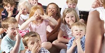 – Det er mye som tyder på at sangen i barnehage og skole er truet