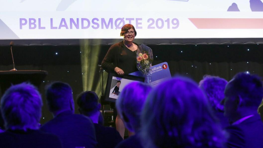 Anna Rigmor Moxnes fikk stående applaus fra landsmøtedeltagerne under PBLs landsmøte.